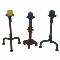 1MX0510 IRON CANDLE HOLDERS...