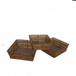 1CI0663 - SET OF 3 TRAYS...